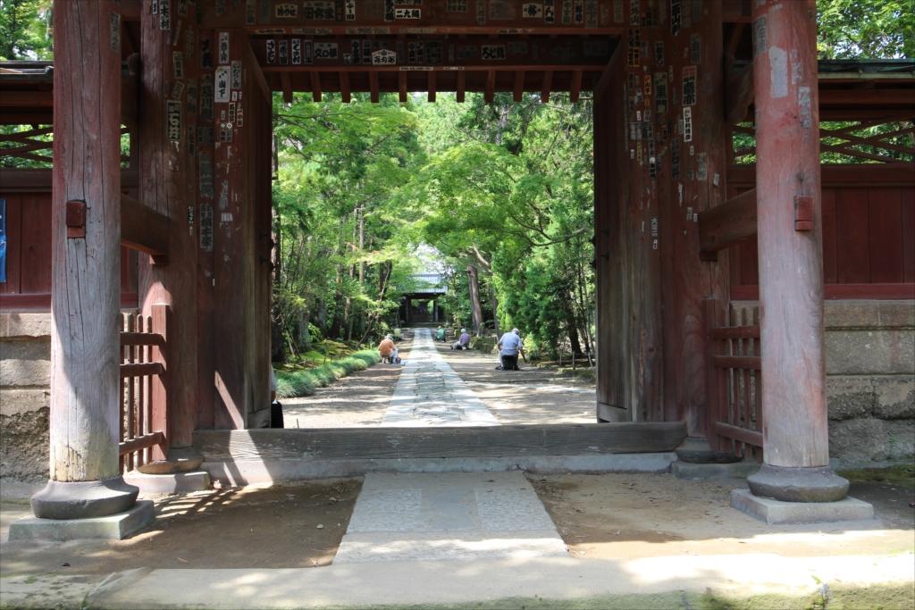 総門から中門までの参道_1