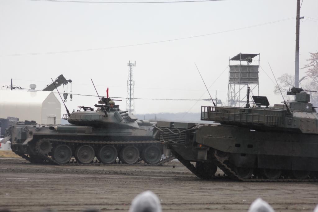 74式戦車や90式戦車の投入_21