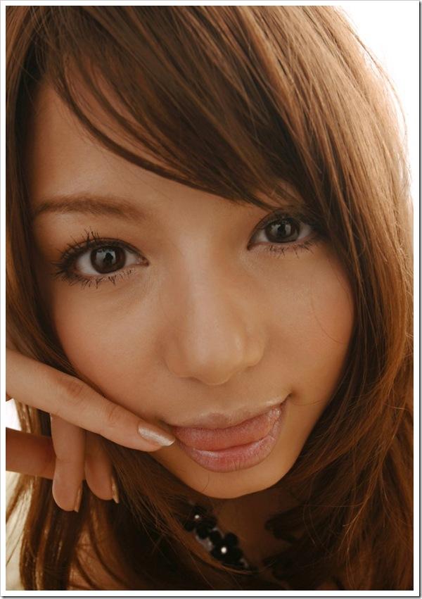 【寄り顔フェチ】ギャルの綺麗な瞳と口
