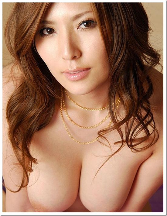【過激!人妻の色気】妖絶色白おっぱい全裸ヌードエロ画像・えろ画像・世界の日本人妻動画
