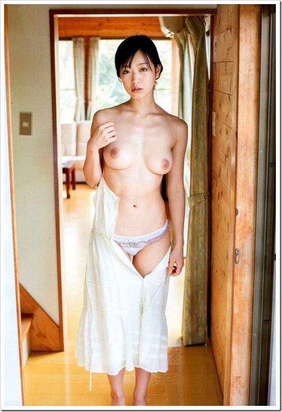 【佐々木心音(女優)】お宝美巨乳おっぱい桃尻全裸ヌードえろエロ画像・えろビキニ動画