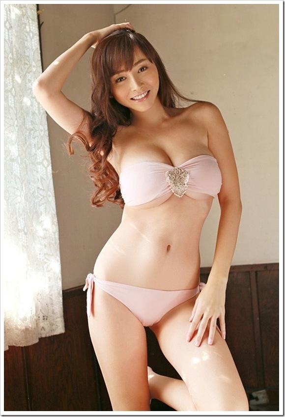 【杉本杏璃(グラビア)】大好き巨乳おっぱいセクシービキニ