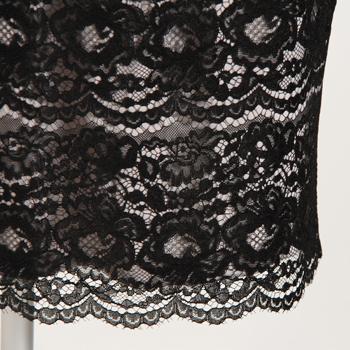 イリゼのリバーレースのペンシルスカート