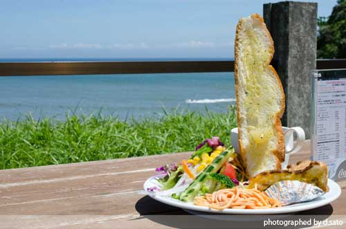 千葉県 いすみ市 崖カフェ千葉 GAKE ガケ 崖cafe 太東 海の見えるカフェ 絶景カフェ おしゃれな空間 食事 4