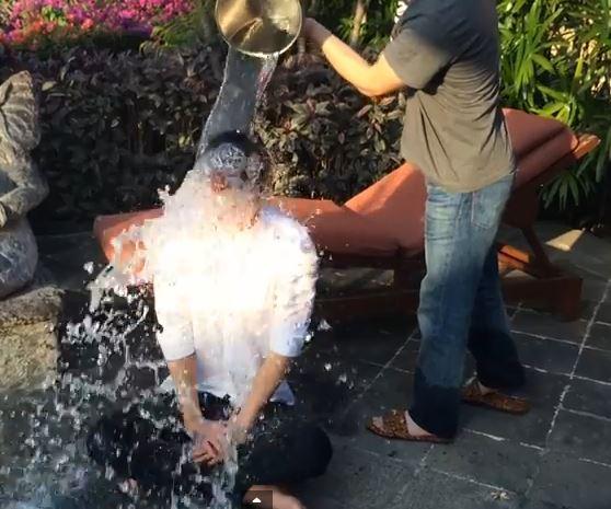 Ice Bucket ChallengeMAX 3