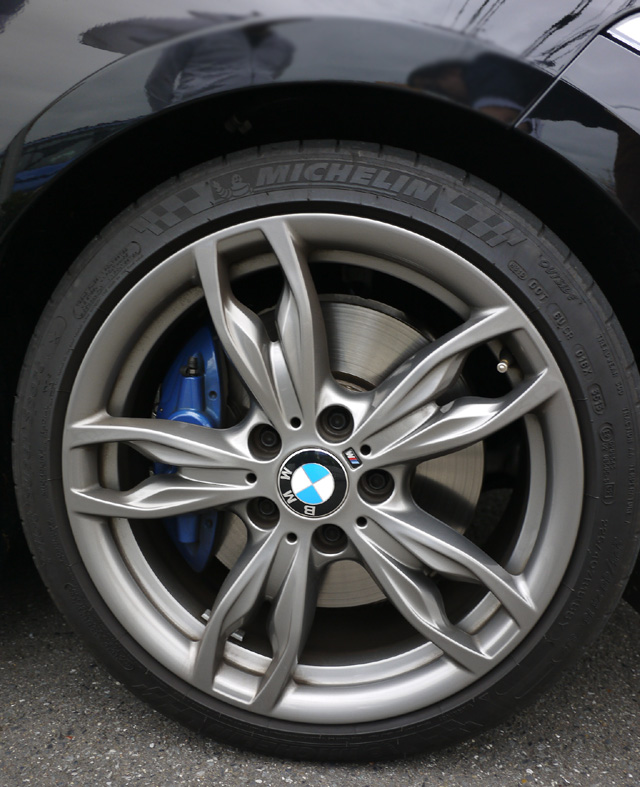 BMWM235i24.jpg