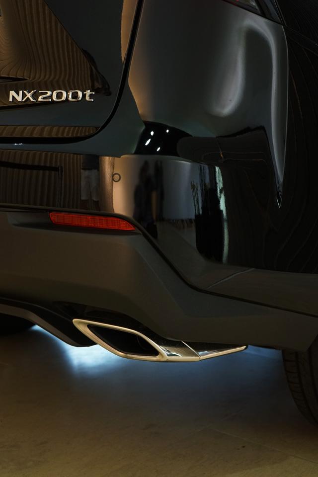 NX200t04.jpg