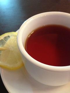 欧風酒場 バルデ 紅茶