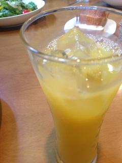 ぱすた厨房 モンテ グランデ オレンジジュース