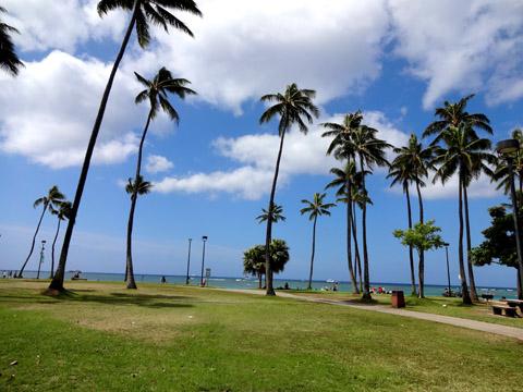 ハワイでネイルアート