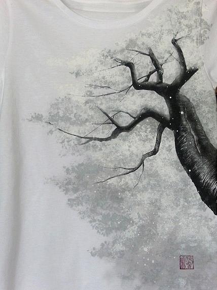 桜 手描きTシャツ