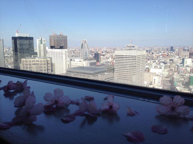 """桜をイメージした空間づくり プレミアム ウイング9 """"Saku-Lux"""" in東京 20140314-16"""