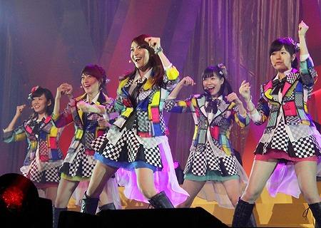 team (8)