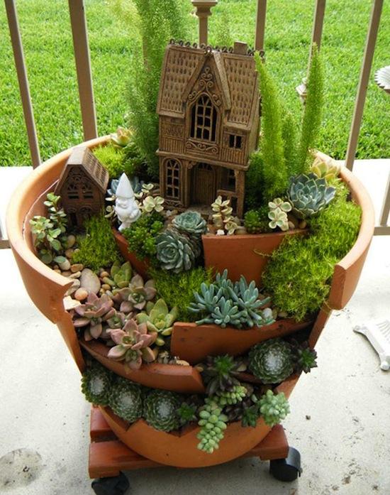 broken-pot-fairy-garden-06.jpg