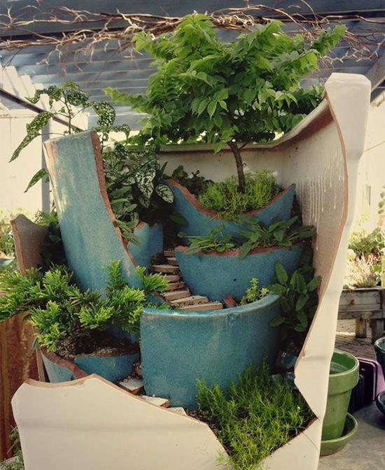 broken-pot-fairy-garden-10.jpg