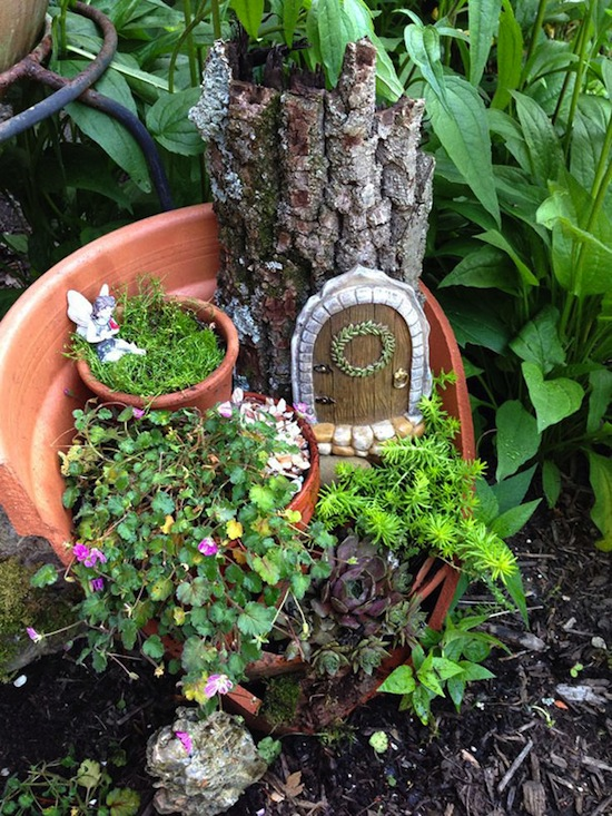 broken-pot-fairy-garden-12.jpg