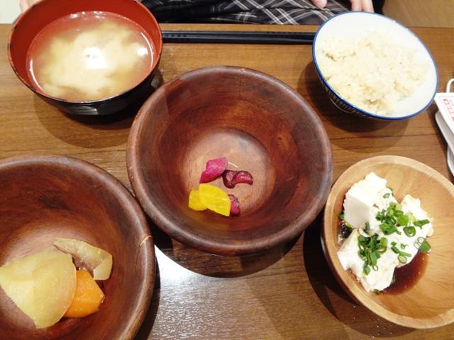 クローン食の豆乃畑