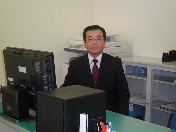 代表者写真3