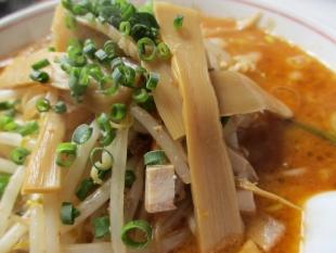 こたん 胡麻味噌担々麺 具 (2)