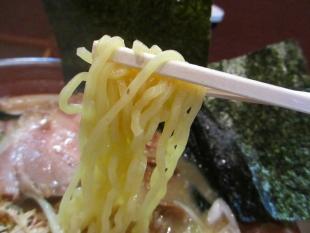 いちげん 香箱蟹味噌ラーメン 麺