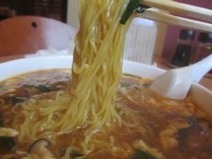 きたやま 酸辣湯麺 麺