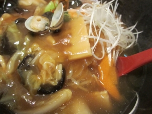 かんとんヌードルアピタ亀田 広東麺 具 (2)
