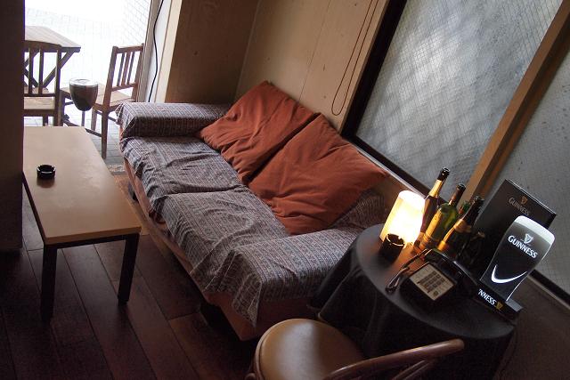 DUBRIN room cafe007